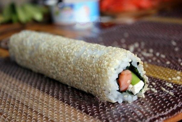 Роллов рисом наружу в домашних условиях 861