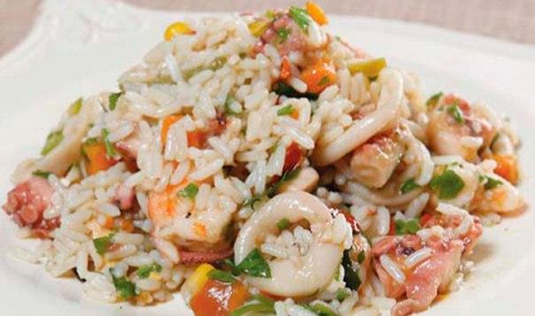 С салат с кальмарами и рисом рецепт