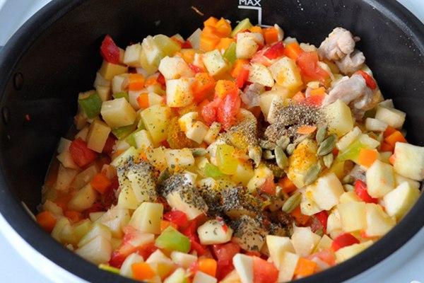 Индейка с овощами мультиваркеы с фото