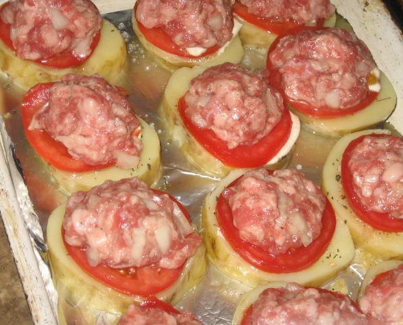 Мясо с картошкой и помидорами и сыром в духовке рецепт пошагово в