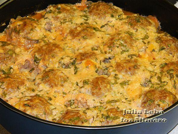 ежики в духовке в сметанном соусе рецепт с фото