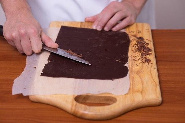 Как сделать шоколадные трубочки для торта - Секрет мастера