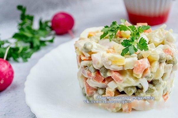 Рецепт салата с кальмарами и курицей пошагово