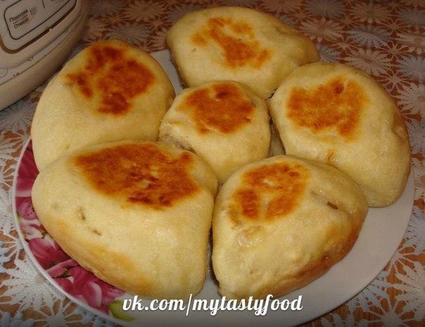 Пирожки в духовке из кислого молока