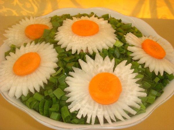 Лёгкие летние салаты для дня рождения