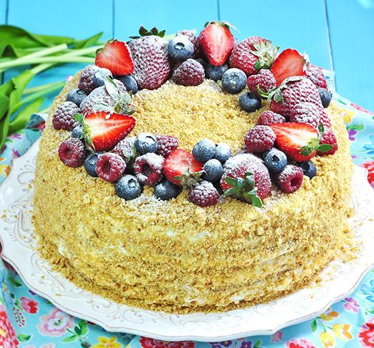 Украшение медового торта