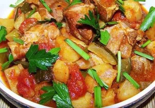 Мясо с солеными помидорами рецепт