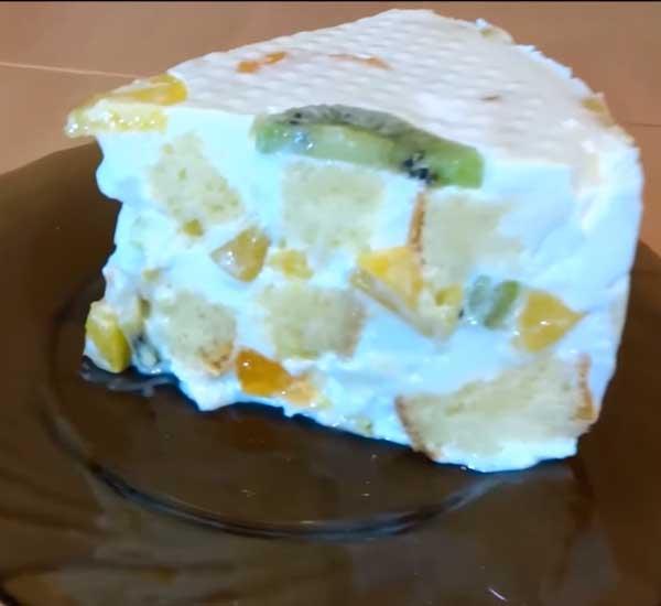 бисквитный торт с сметанным кремом и фруктами рецепт